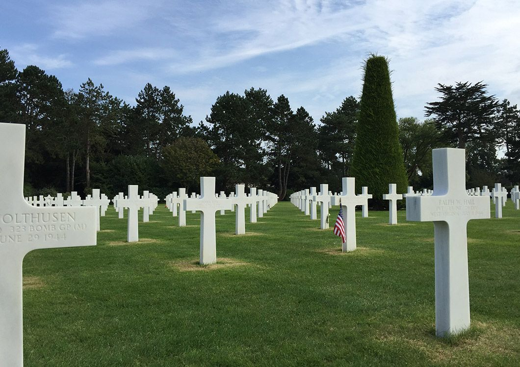American Cemetery and Memorial of Colleville - D-Day Tour / Paris - Normandy