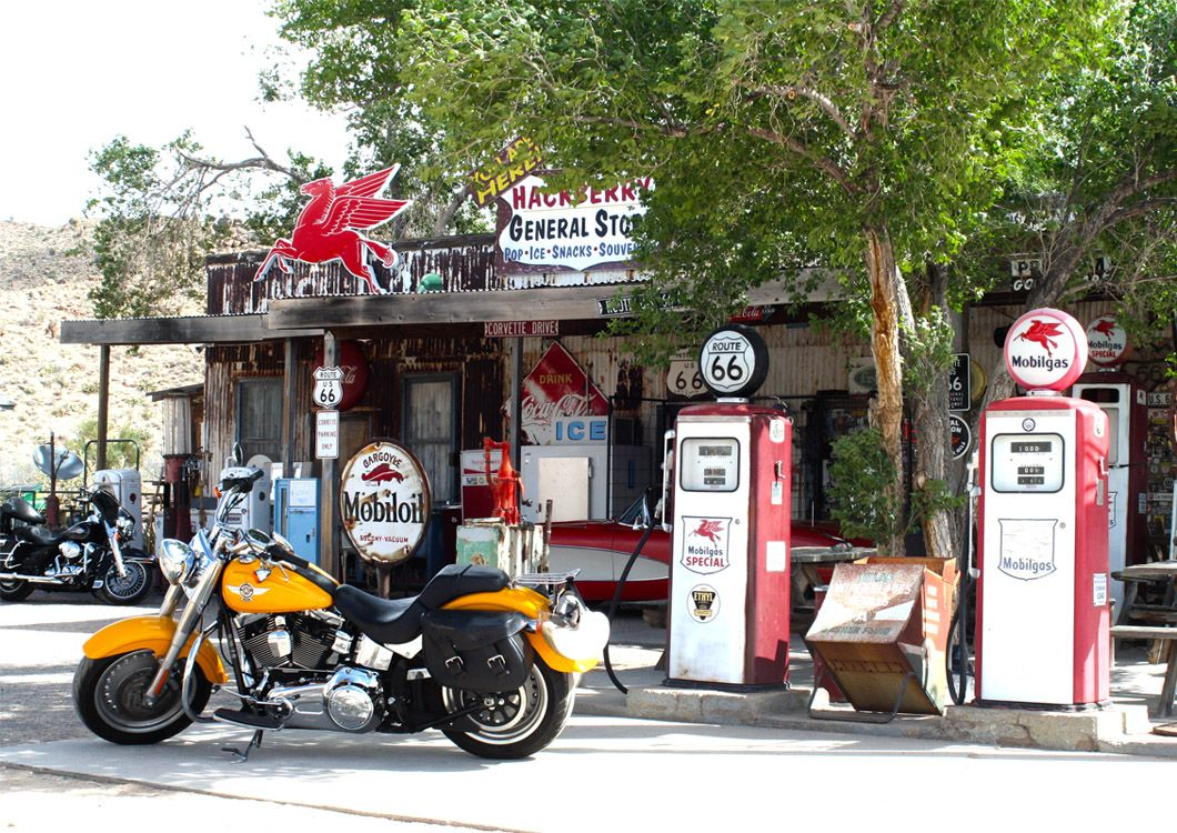 Route 66 gas station, west forever guided tour